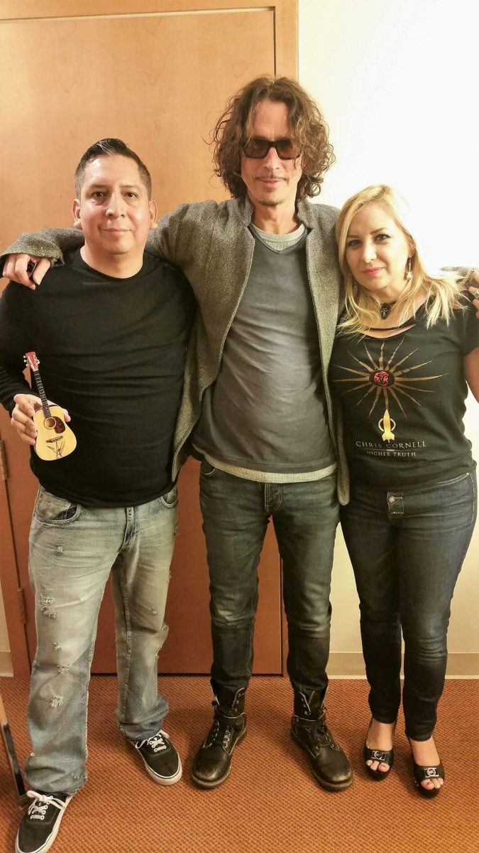 Jc lopez chris cornell i met chris cornell in miami florida on my birthday 10292015 i was able to chat with him for about 15 minutes at the meet and greet kristyandbryce Images
